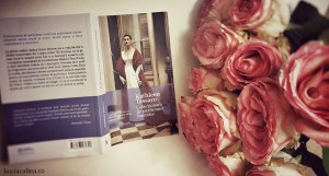 "Trei parfumuri, fragmente din ""Colecționara de parfumuri interzise"", de Kathleen Tessaro"